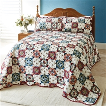 Traditional American-style Bedspread